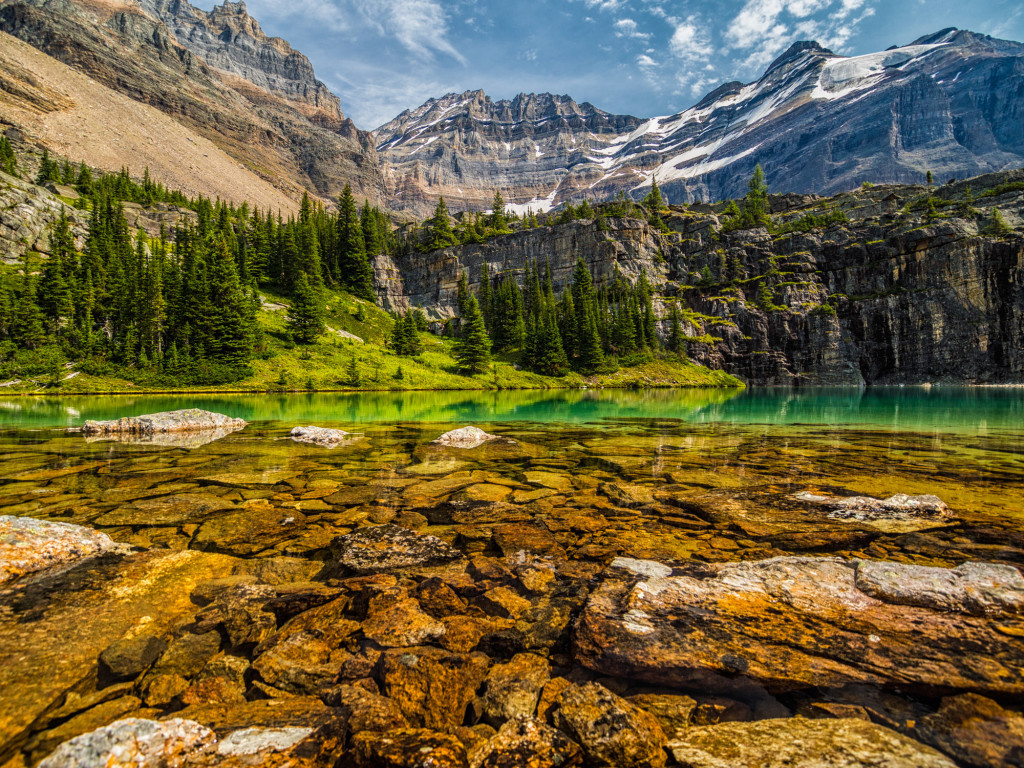 Lake O'Hara trail British Columbia