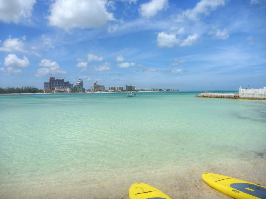 PappaSurf, Nassau